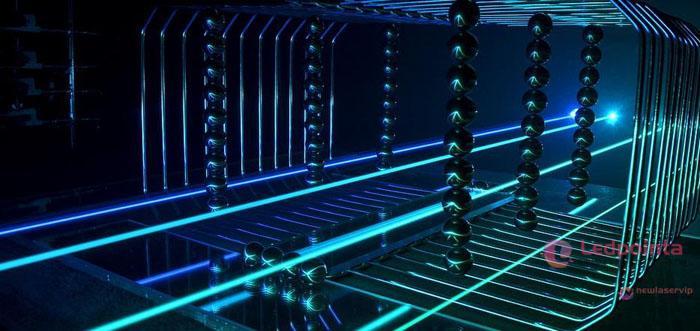 レーザー 遠距離 焼く世界最大出力60000mw