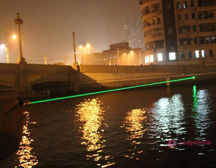 100mw レーザーポインター 激安緑色 5in1