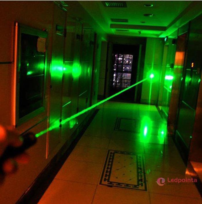 2000mw緑色レーザー18650電池