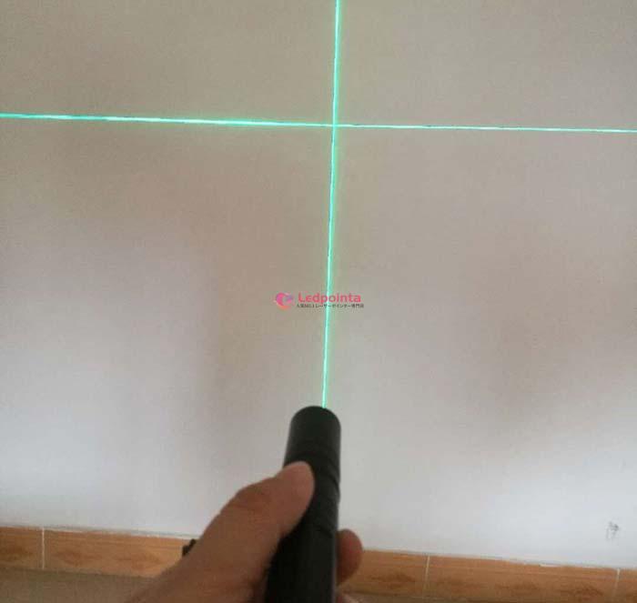 十字線グリーンレーザー