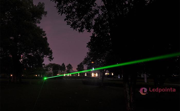20000mw 緑レーザーポインター