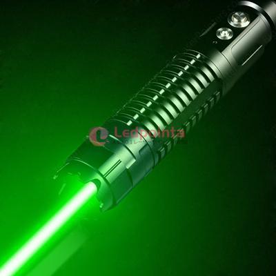 最強緑色レーザーポインター