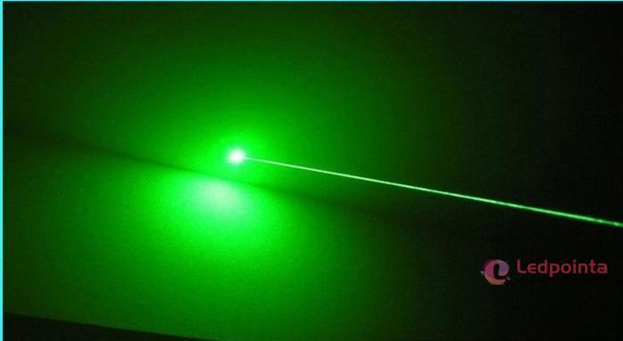 強力な緑色レーザーポインター200mw