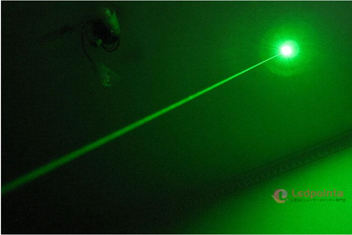 レーザーポインター 緑 人気