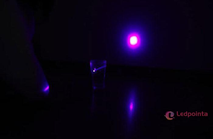 紫レーザーAAA電池